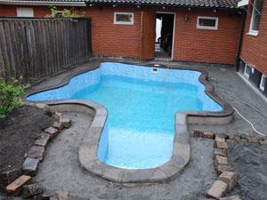 Bygga pool leca